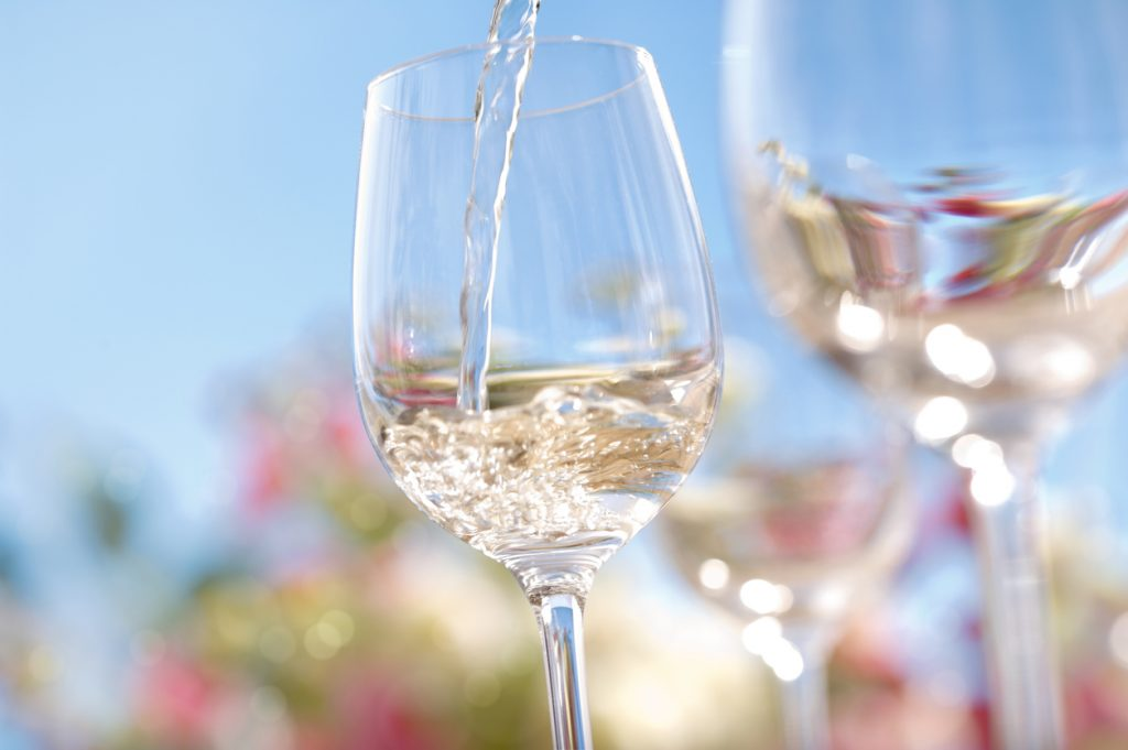 Summer seafood and wine lunch event